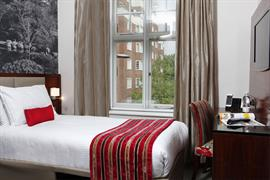 seraphine-kensington-olympia-hotel-bedrooms-18-83966