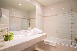 93092_003_Guestroom
