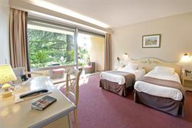 93092_005_Guestroom
