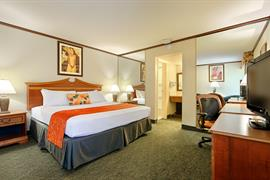 05281_007_Guestroom