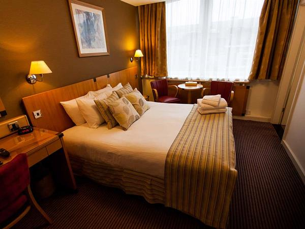cutlers-hotel-bedrooms-27-83893
