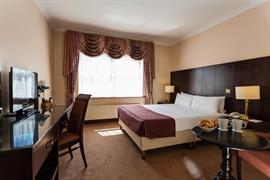 84073_000_Guestroom