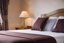 84073_003_Guestroom