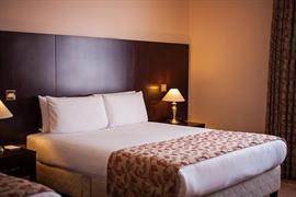 84073_004_Guestroom