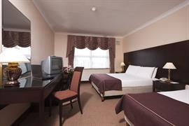 84073_007_Guestroom