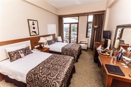 78028_001_Guestroom