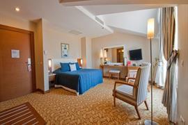 78028_007_Guestroom