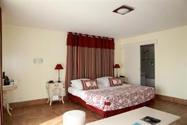93561_003_Guestroom
