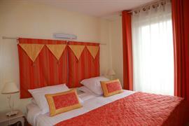 93561_005_Guestroom