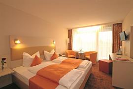 95454_002_Guestroom