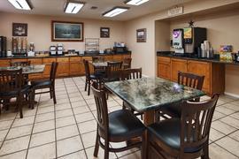 44487_004_Restaurant