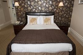 royal-clifton-hotel-bedrooms-12-83269