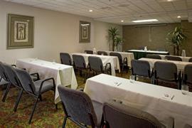 10324_007_Meetingroom