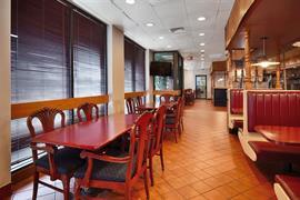 47120_003_Restaurant