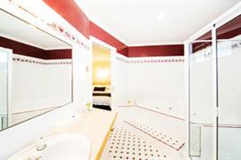 90253_003_Guestroom