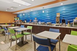 10180_003_Restaurant