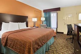 10180_004_Guestroom