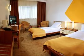 77586_007_Guestroom