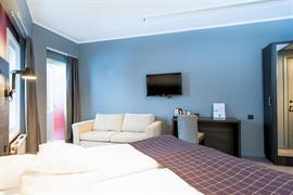 88202_004_Guestroom
