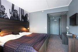 88202_007_Guestroom