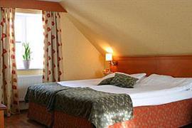 88063_004_Guestroom