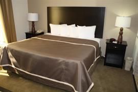 36106_006_Guestroom