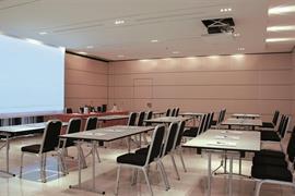 98352_005_Meetingroom