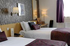 summerhill-hotel-bedrooms-29-83536
