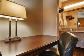 44413_007_Guestroom