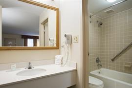 41038_007_Guestroom