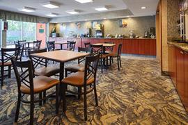10214_004_Restaurant