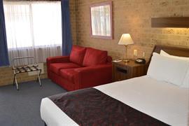 90709_003_Guestroom