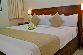 70162_006_Guestroom