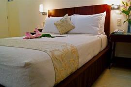 70162_007_Guestroom