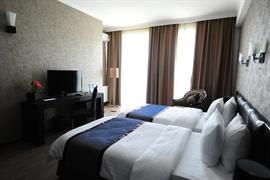 91450_003_Guestroom