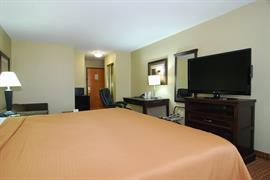 44504_006_Guestroom