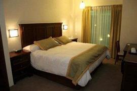 70191_007_Guestroom