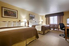13028_006_Guestroom