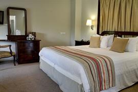 dartmouth-hotel-golf-and-spa-bedrooms-15-83978