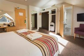 dartmouth-hotel-golf-and-spa-bedrooms-28-83978