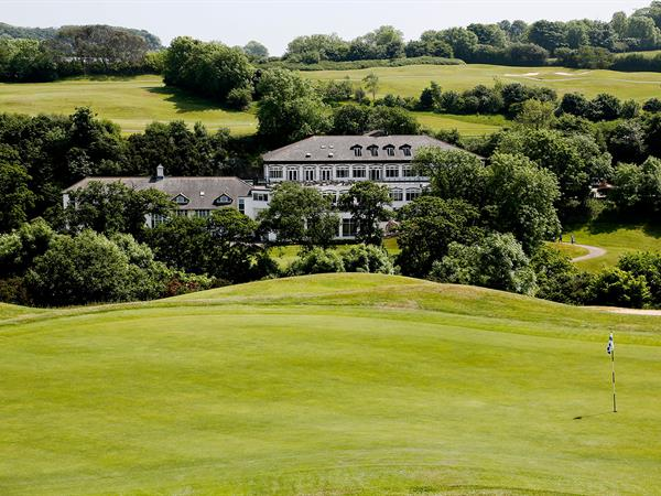 dartmouth-hotel-golf-and-spa-grounds-and-hotel-05-83978