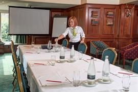 the-grange-at-oborne-meeting-space-03-83954
