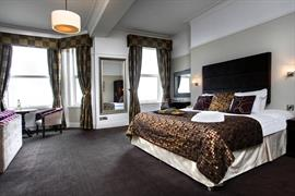 the-hatfield-hotel-bedrooms-02-84206