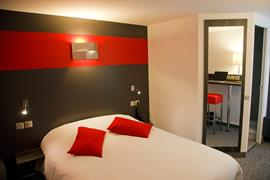 93758_005_Guestroom