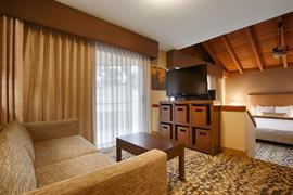 05718_006_Guestroom
