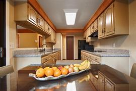 05718_007_Guestroom