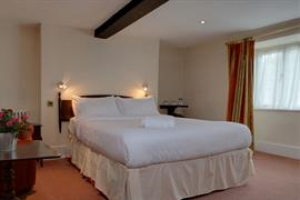 jersey-arms-bedrooms-11-83710