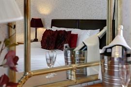 the-queens-hotel-bedrooms-15-83538