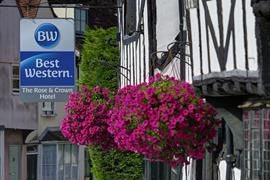 the-rose-and-crown-hotel-grounds-and-hotel-33-83744-OP