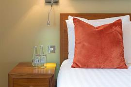 the-rose-and-crown-hotel-bedrooms-19-83744-OP